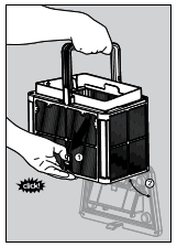 4 - Ouvrez le loquet pour relâcher le panneau du bas et extraire les déchets