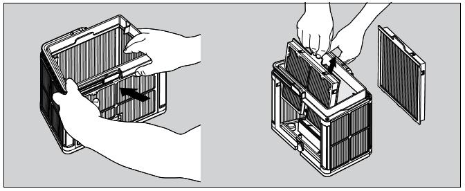 1 - Démontez les 2 panneaux avec vos pouces.