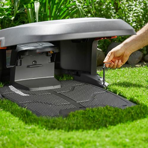 abri pour robot tondeuse gardena sileno bestofrobots. Black Bedroom Furniture Sets. Home Design Ideas