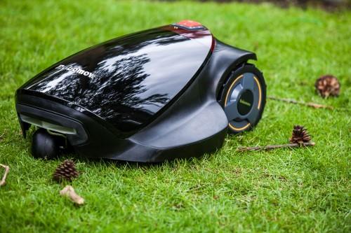 robot tondeuse robomow tuscania tc300 bestofrobots. Black Bedroom Furniture Sets. Home Design Ideas