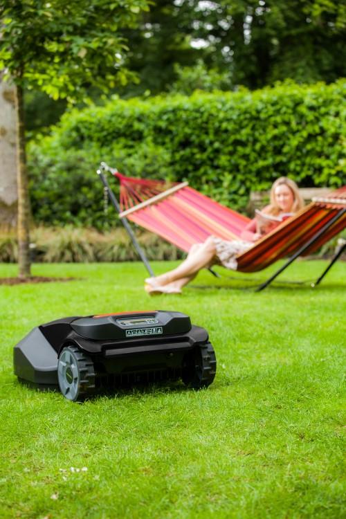 robot tondeuse robomow tuscania ts1000 bestofrobots. Black Bedroom Furniture Sets. Home Design Ideas
