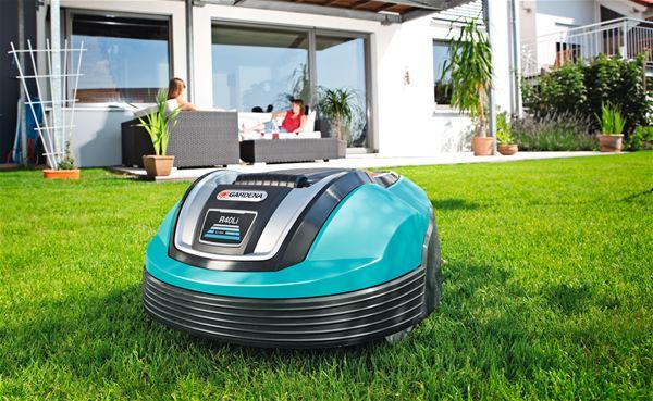 robot tondeuse gardena r70li bestofrobots. Black Bedroom Furniture Sets. Home Design Ideas